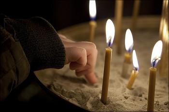 Как вылечить пупочную грыжу с помощью молитвы?