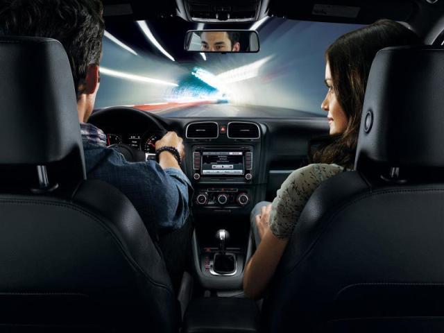 Молитва в дорогу путешествующим на автомобиле или самолете сыну или мужу
