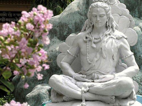 Буддийские мантры: слушать онлайн бесплатно, читать тексты