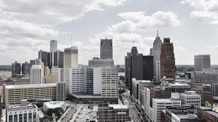 Почему произошел крах автомобильной столицы США?
